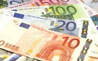 Soldi: euro  prezzi  ue