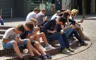cyberbullismo  adolescenti  italia