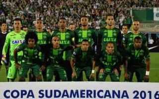 Calcio Estero: chapecoense  brasile  incidente  aereo