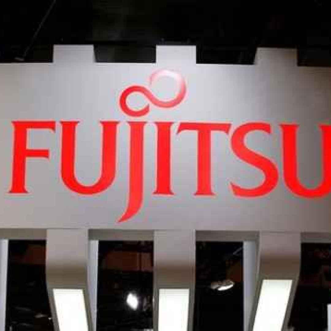 lifebook  fujitsu  ultrabook  windows 10