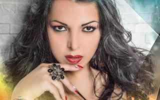 Napoli: musica  cantante  napoli  nancy coppola