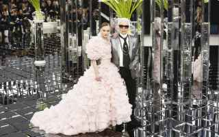 https://diggita.com/modules/auto_thumb/2017/01/25/1577835_Chanel-Couture-SS17-Paris-6926-1485254077-bigthumb_thumb.jpg