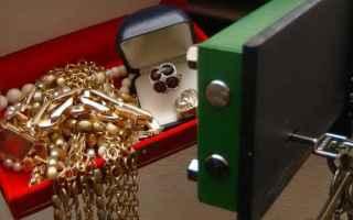 reati tributari sequestro gioielli coniu