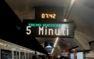 Roma: roma  metro a  trasporto pubblico