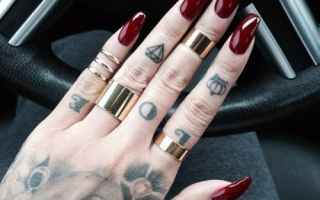 Bellezza: nails  unghie  bordeaux  fashion