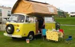 Automobili: camper  turismo itinerante
