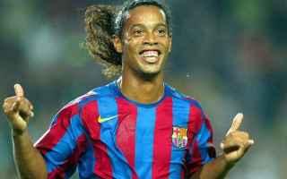 Play with smile, Ronaldinho il calcio il Milan su RTR Sports. Ronaldinho dice addio al Milan e al ca