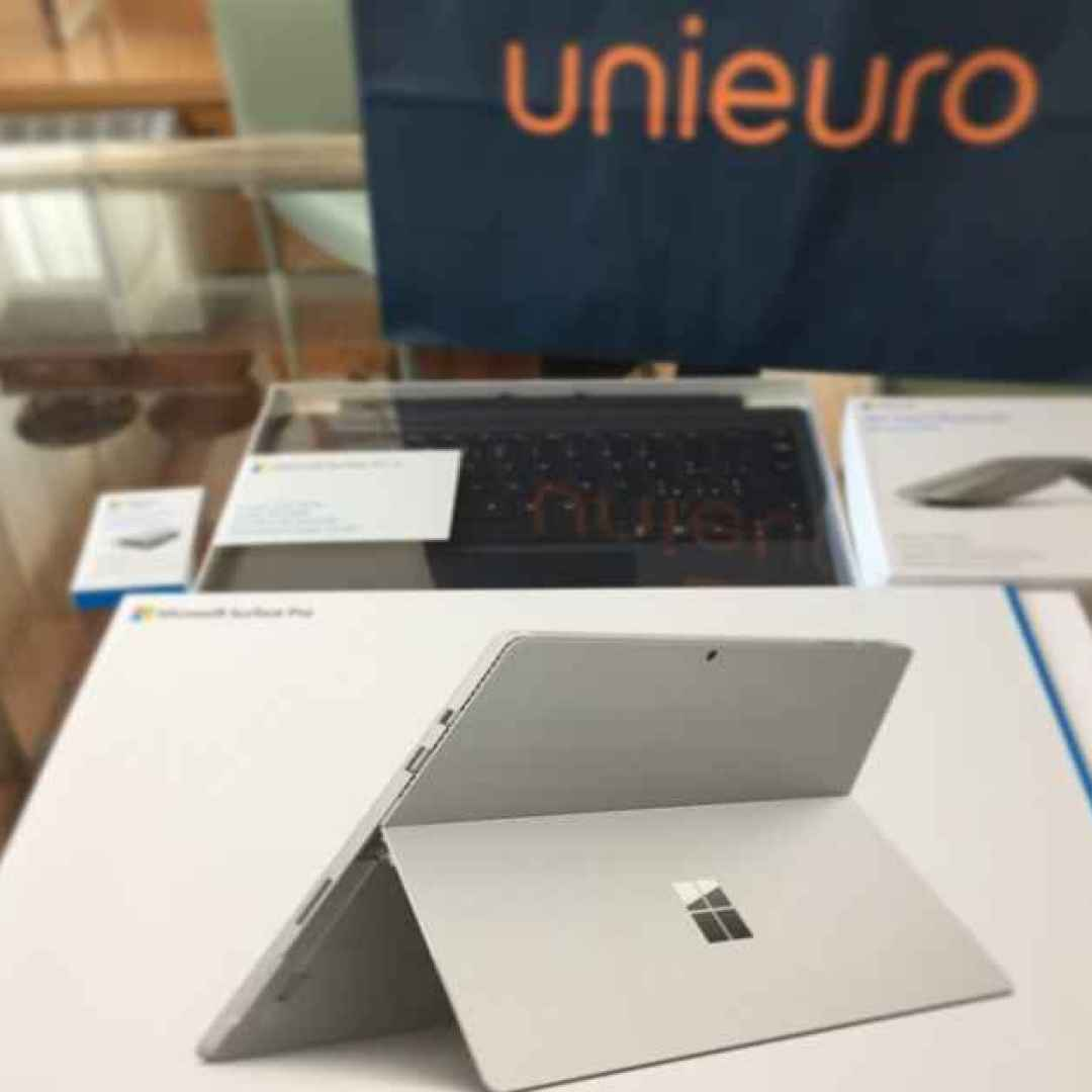 surface  tablet  convertibile