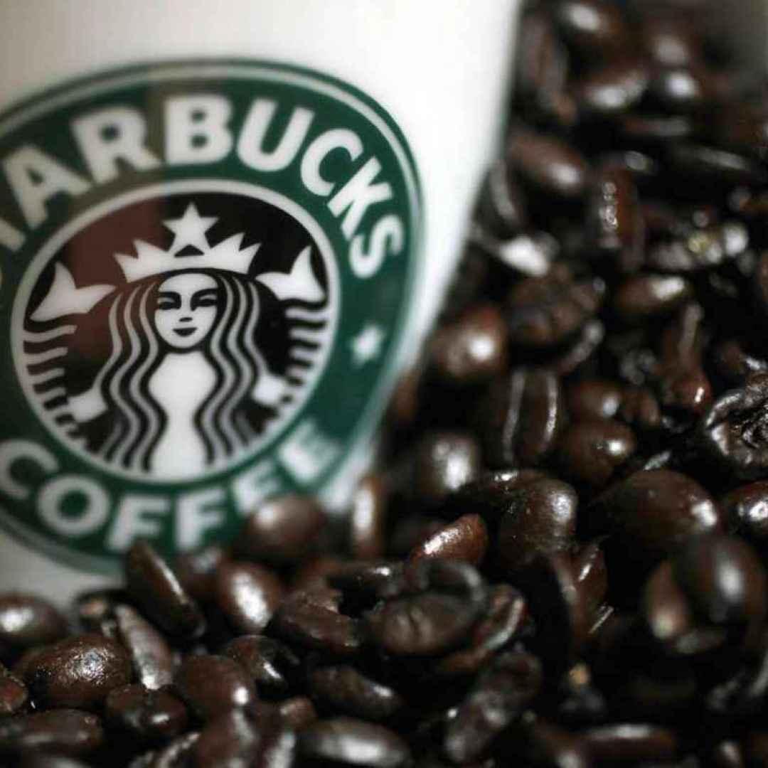 azioni starbucks  caffè  investire