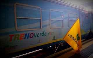 Milano: dimanoinmano  legambiente  trenoverde