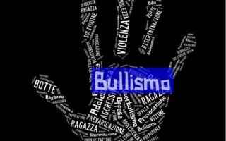 https://diggita.com/modules/auto_thumb/2017/04/09/1589918_bullismo-scuola_thumb.jpg