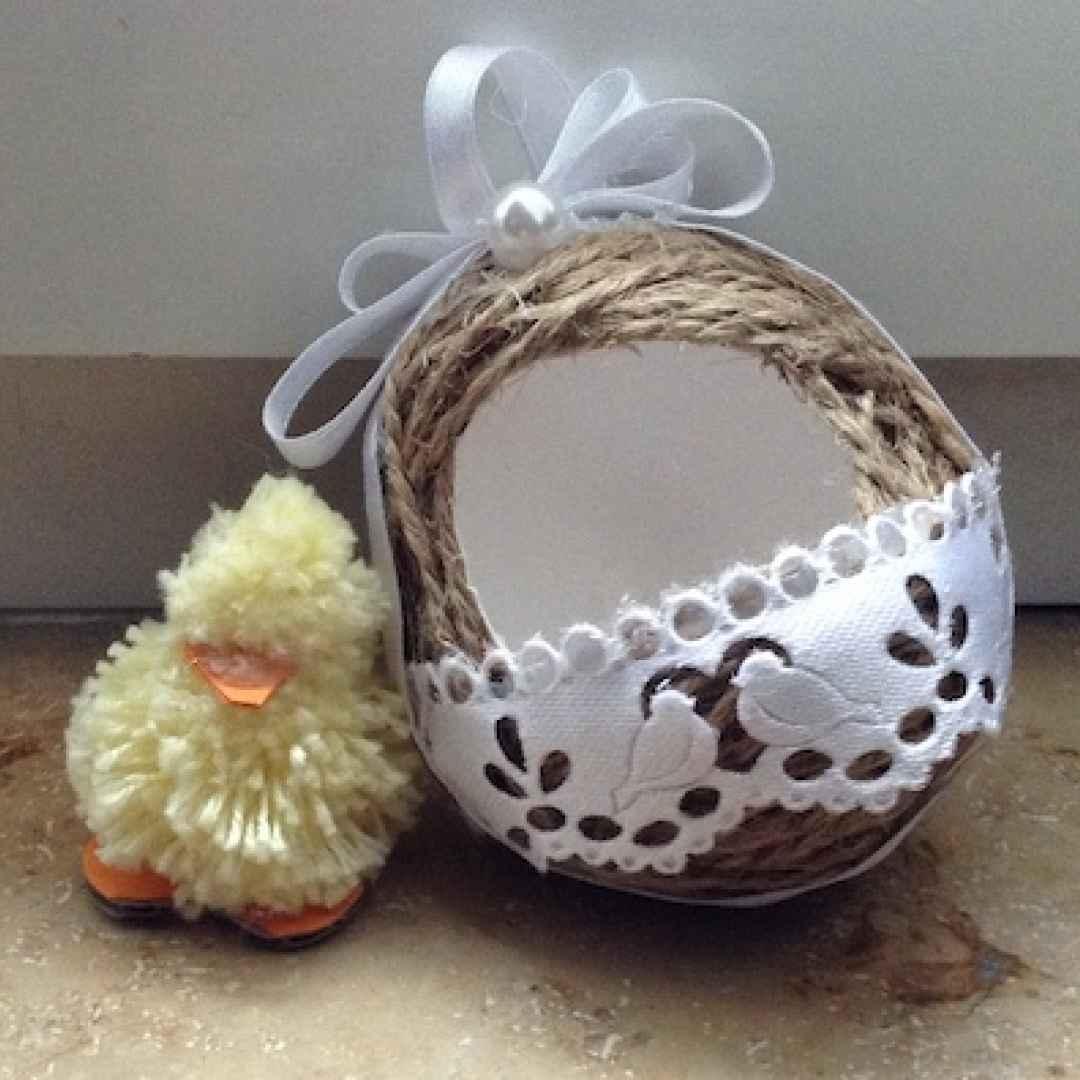 pasqua  riciclo creativo  uova decorate