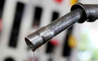Fisco e Tasse: benzina  aumenti