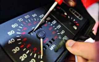 Leggi e Diritti: legge  revisione auto  contachilometri