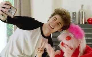 Filmati virali: uan  favij  youtuber  anni 80