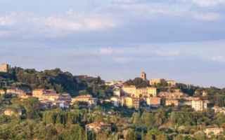 Viaggi: chiusi  toscana  borgo  viaggi