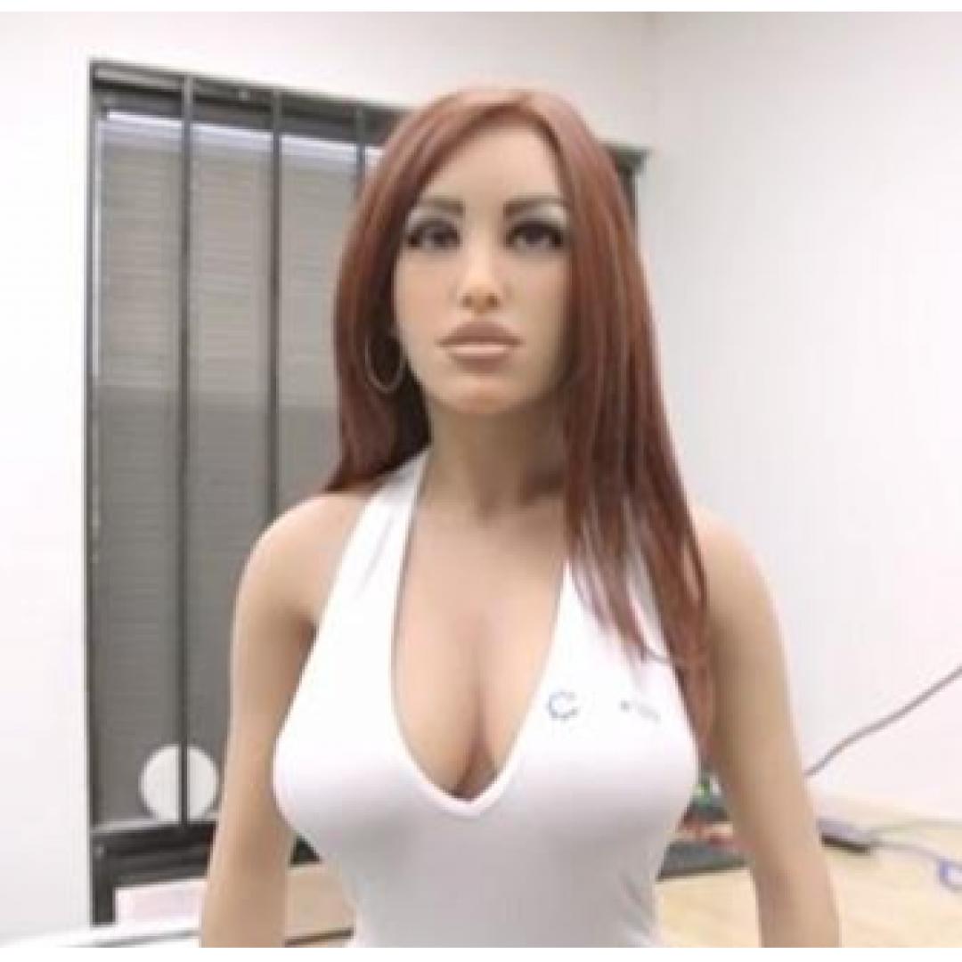 sexy  bambola  umanoide  harmony