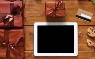Facebook: mamma  regali  hi-tech  2017