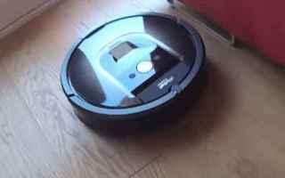 Gadget: aspirapolvere robot