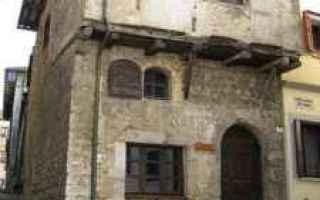 Architettura: medioevo  case medievali  case