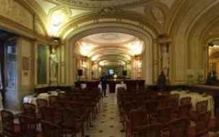 Napoli: fiera  libro  napoli  gambrinus  san dom