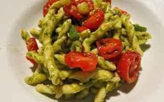 Ricette: ricetta  recipe  pasta  pesto  pomodoro