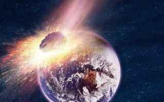 Astronomia: meteorite  spazio  terra  dinosauri