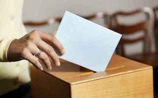 Politica: votare  non votare  voto  conseguenze