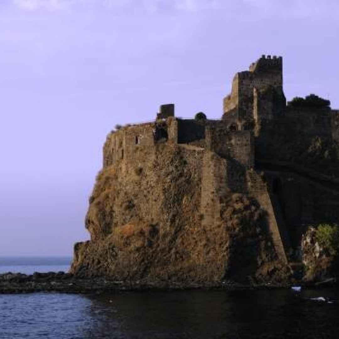 borgo  leggenda  viaggi  sicilia