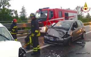 https://diggita.com/modules/auto_thumb/2017/06/27/1600118_incidente-stradale_thumb.jpg