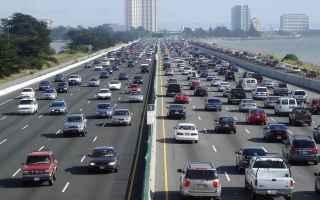 Automobili: traffico  auto  macchine  strade