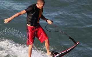 https://diggita.com/modules/auto_thumb/2017/07/05/1601131_valentino-rossi-wakeboard-vacanza-2017_thumb.jpg