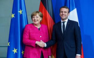 Economia: francia  migranti  macron