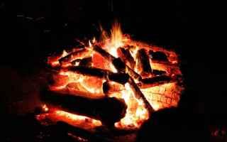 Scienze: fuoco  fuoco da campo