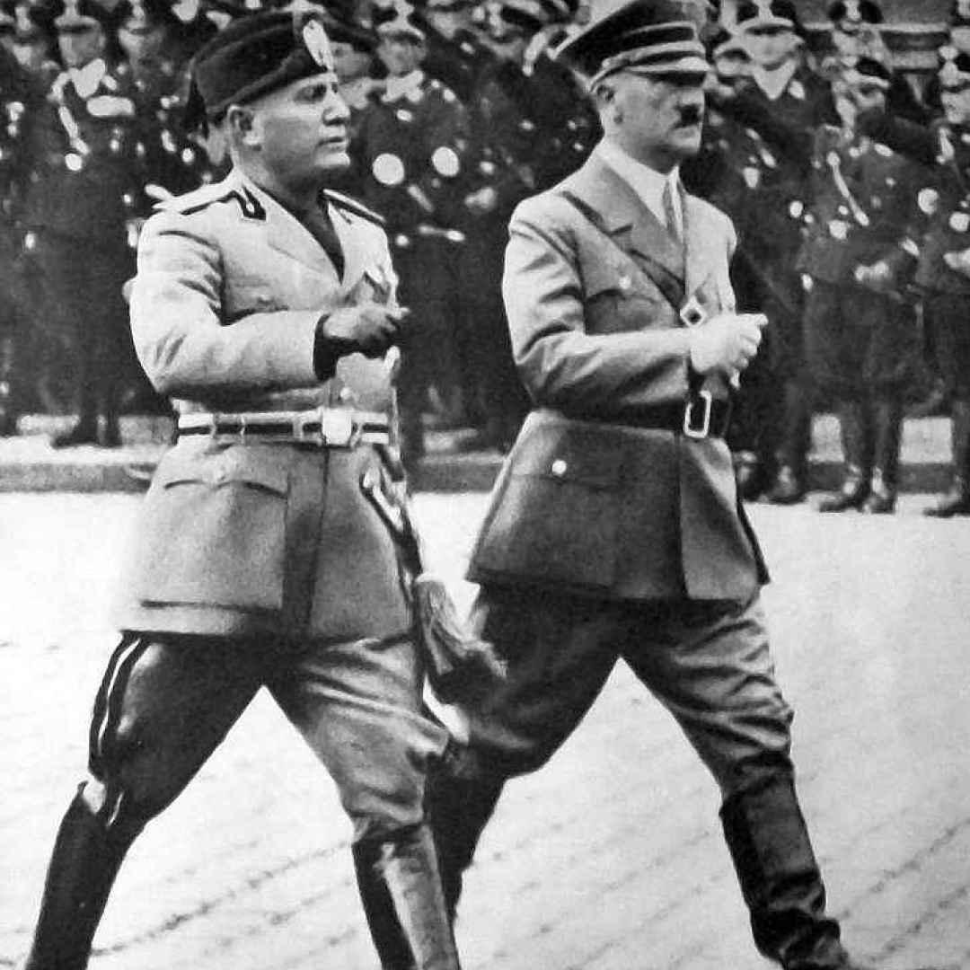 fascismo  fiano  legge  duce  mussolini