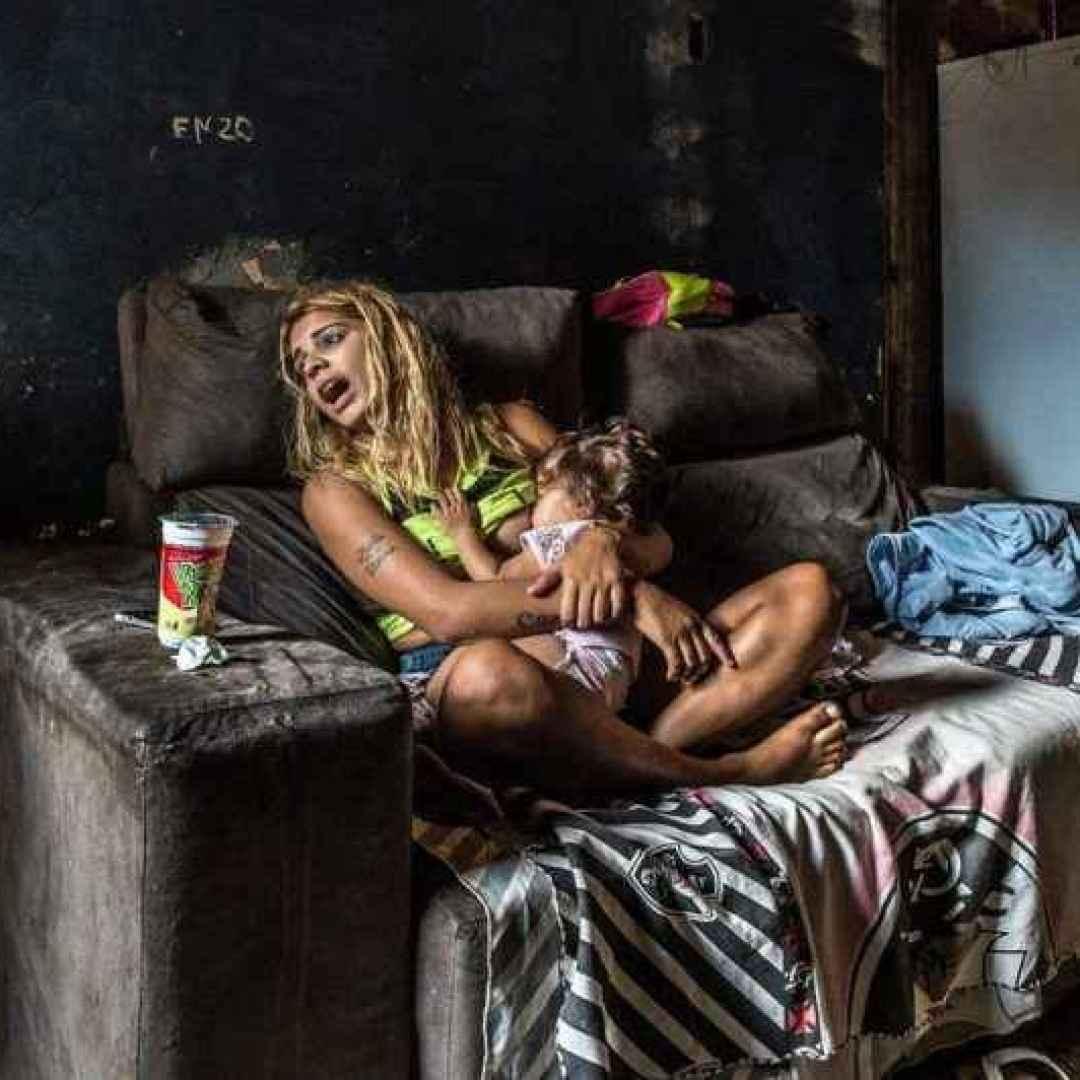 fotografia  donne  favelas  donna