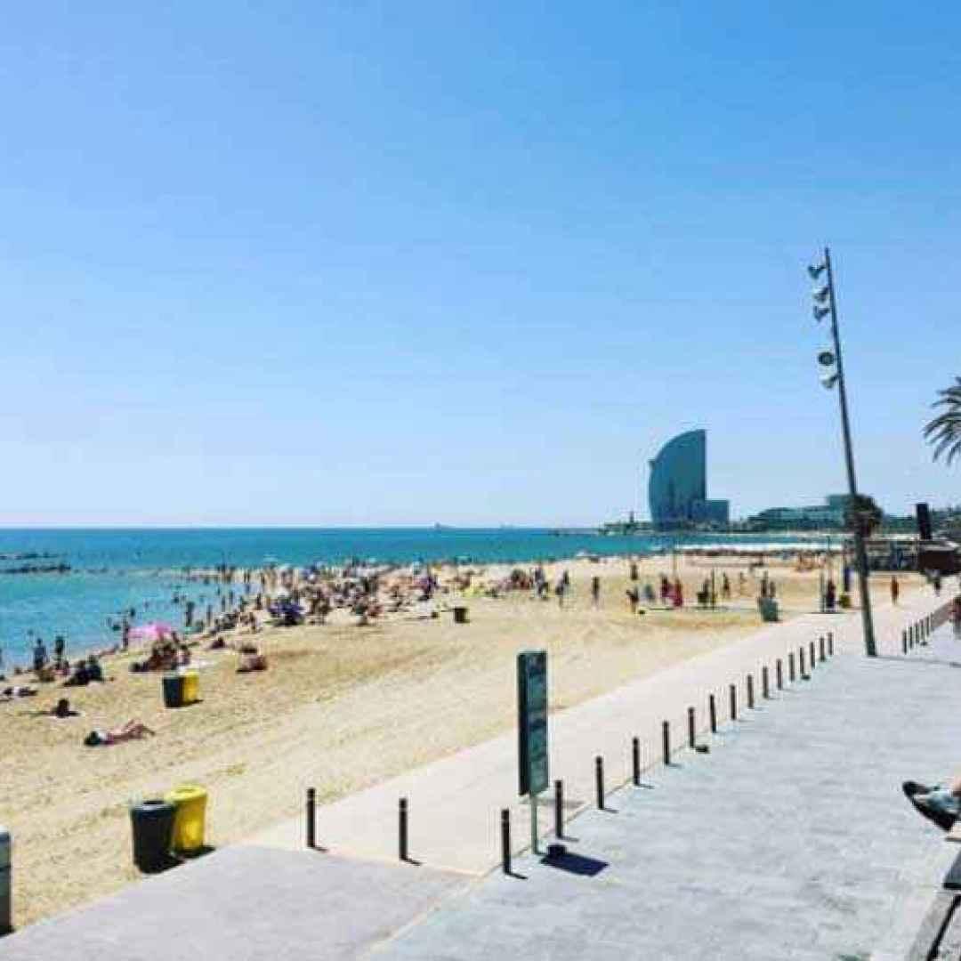 estate mare vacanze barcellona turismo