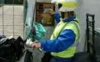 Bari: portalettere  postini  puglia  poste