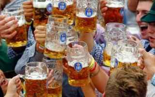 Viaggi: oktoberfest  monaco  germania  birra