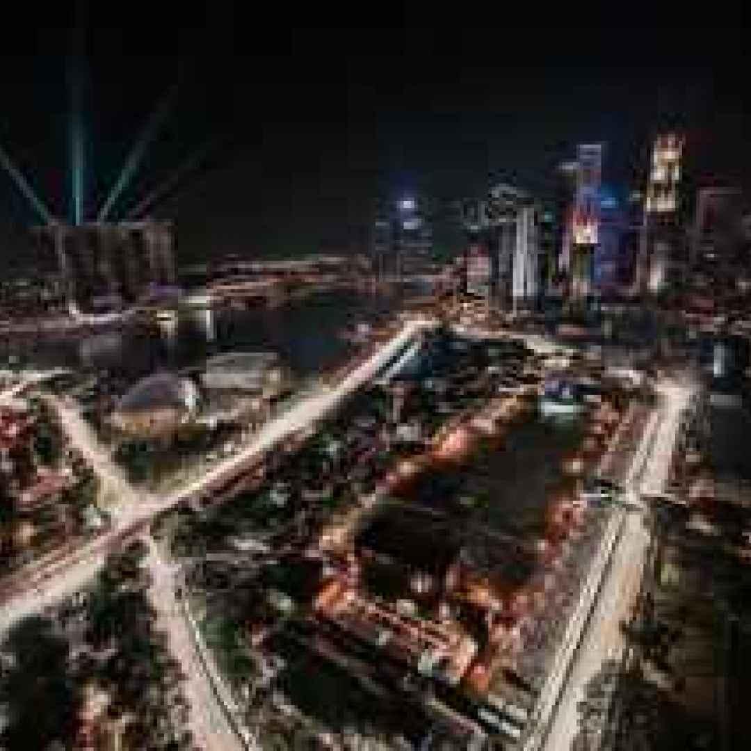 formula 1  singapore  notturna  ferrari