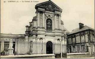 Religione: dottore della chiesa  lisieux  teresa