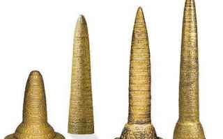 https://diggita.com/modules/auto_thumb/2017/10/03/1609695_Bronze-Age-Gold-Hats-500x385_thumb.jpg