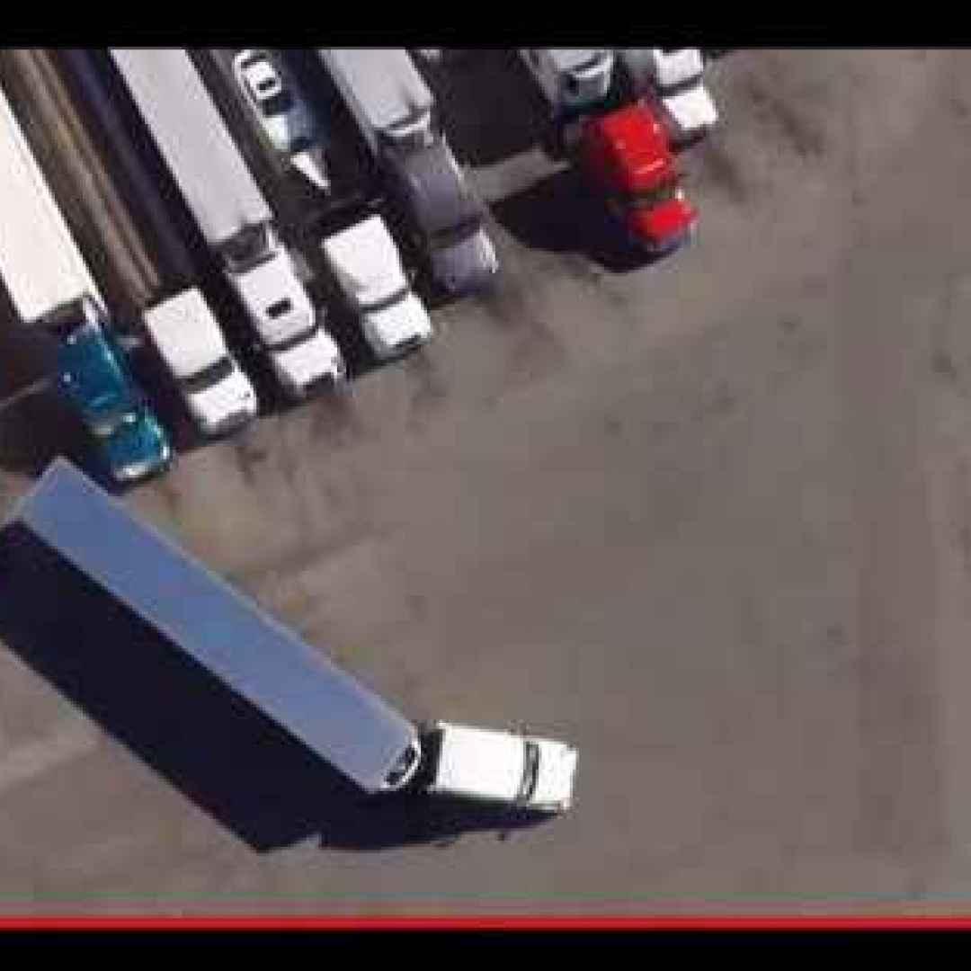 guida  camion  auto  trasporti  tecniche