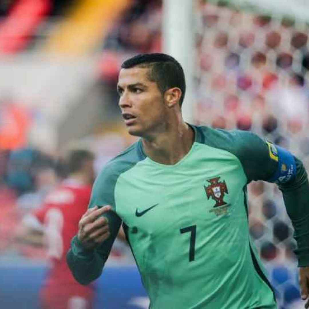 calcio  sport  football  ronaldo  messi