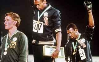 Sport: olimpiadi  smith  carlos  pugno guantato