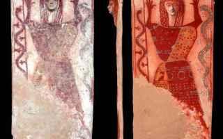 Cultura: archeologia  dea serpente  demetra