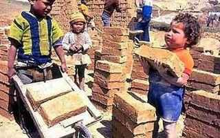 scuola  lavoro  alternanza scuola lavoro  sfruttamento minorile  governo renzi
