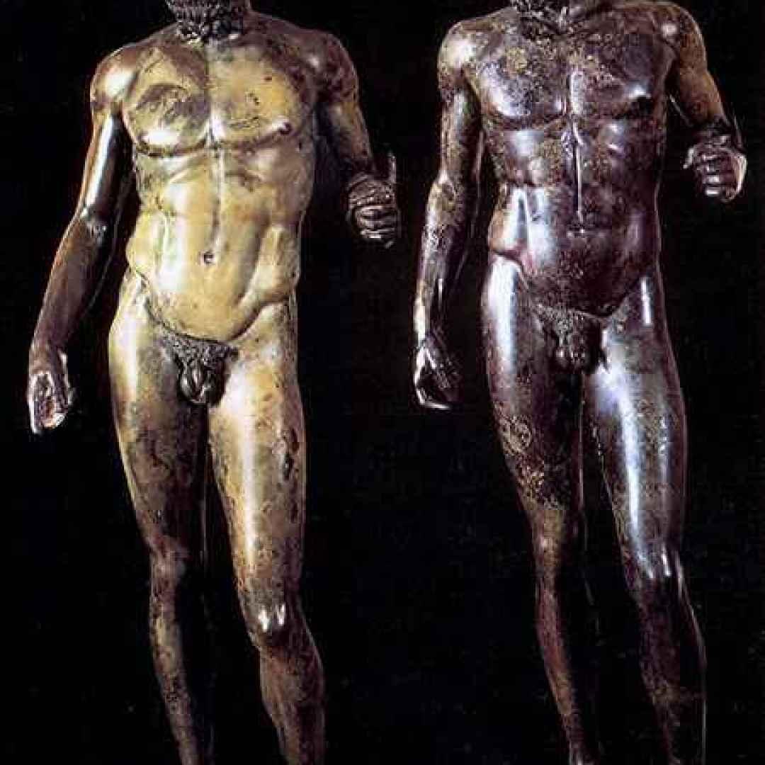 archeologia  bronzi di riace  scudo  bronzi  riace