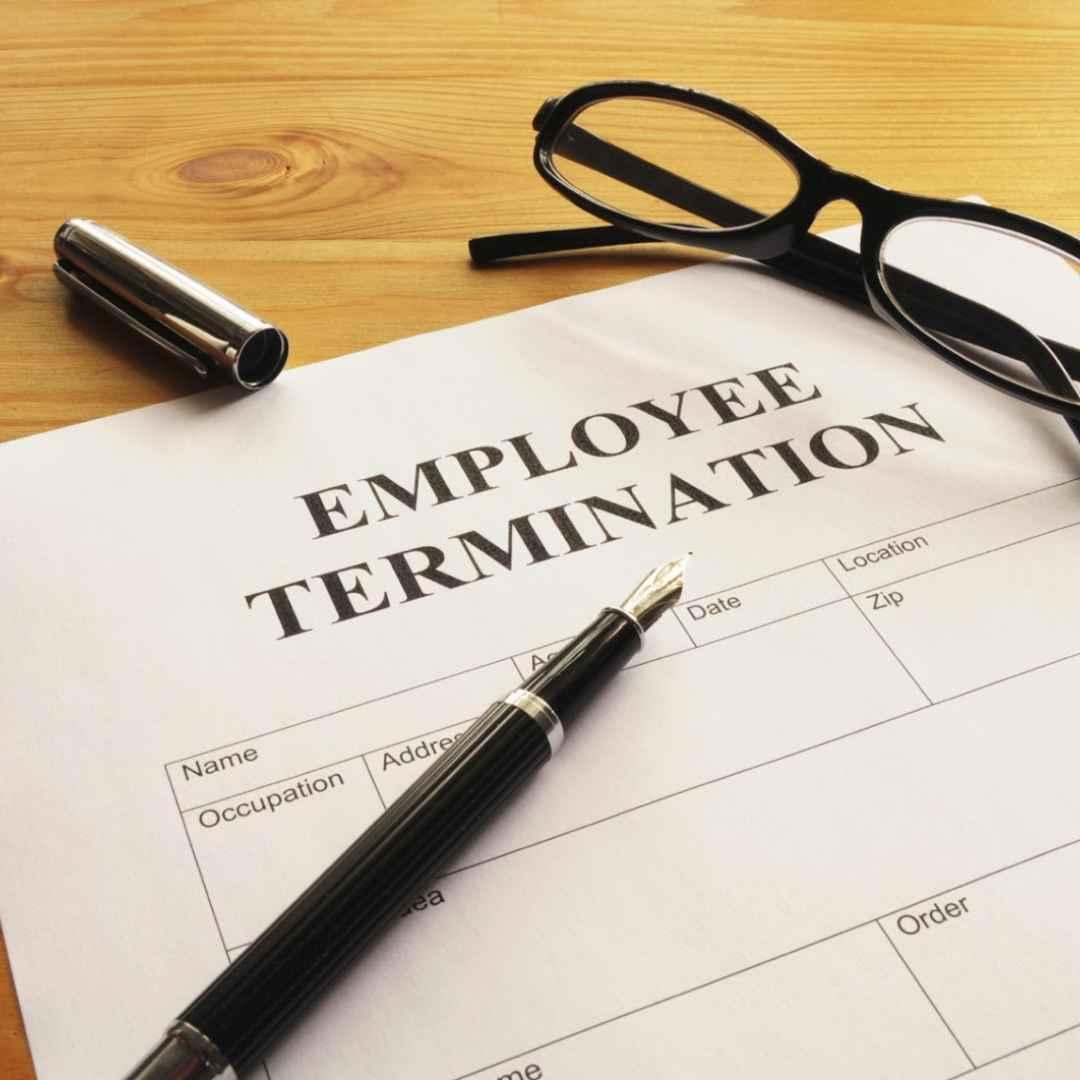 lavoro  licenziamento  razzismo
