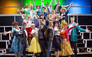 Teatro: assisi  grease